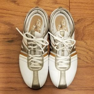 Nike Air Cheerleading shoes 315170-191 size 6
